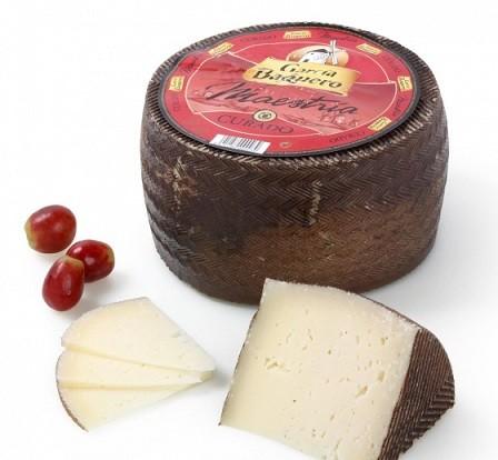 Выдержанный твердый сыр Гарсия Бакеро